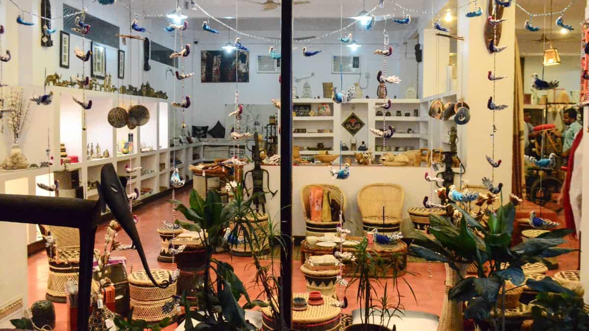 Sasha - Kolkata shop