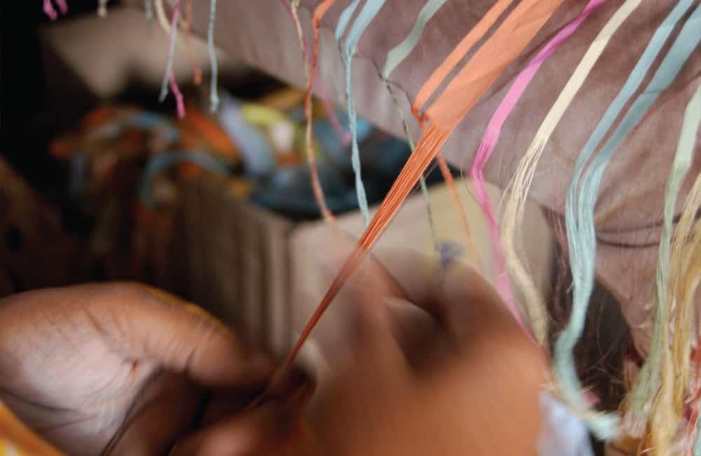 Weaving-finishing-ends